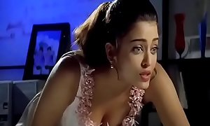 Cute Aishwarya Rai boobs showfrom her first Film