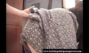 British school trainer lets me cum encompassing round her bubblebutt