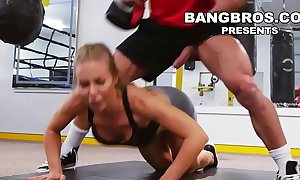 Bangbros - large love melons playgirl nicole aniston receives her love tunnel worked out in the gym