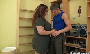 Fatty seduces him and copulates in the gym